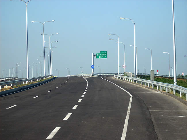 Approaching the dinalupihan Exit Heading East on SCTex